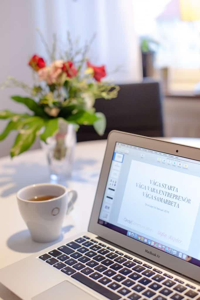 Cindy Communications & Fotograf Sofia Röjder - Förberedelser för föreläsning på Drivhuset Karlstad